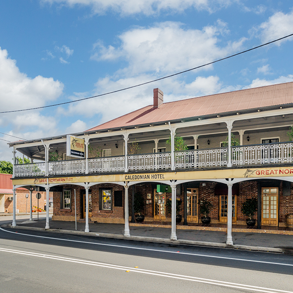 Accommodation Image 1 - The Caledonian Hotel Cali Hotel in Singleton Pub Bistro Bar Restaurant Dining Food Function Hire Accommodation Pub Meals Singleton Hunter Valley
